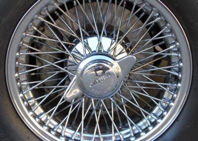 Jaguar E type wire wheel